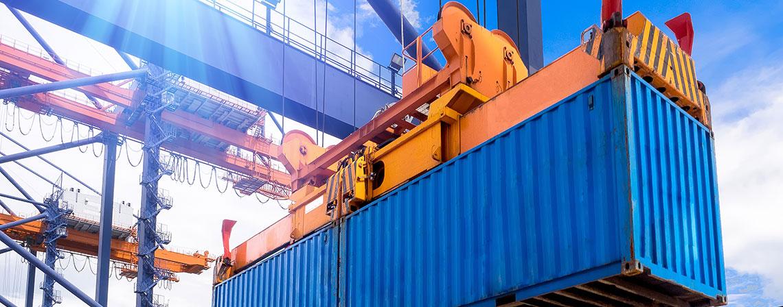 port_container_AdobeStock_177975861